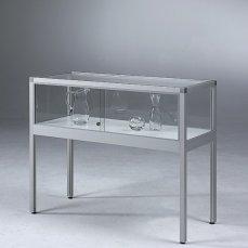 Innen-Tisch-Vitrinen-ST32-eckig